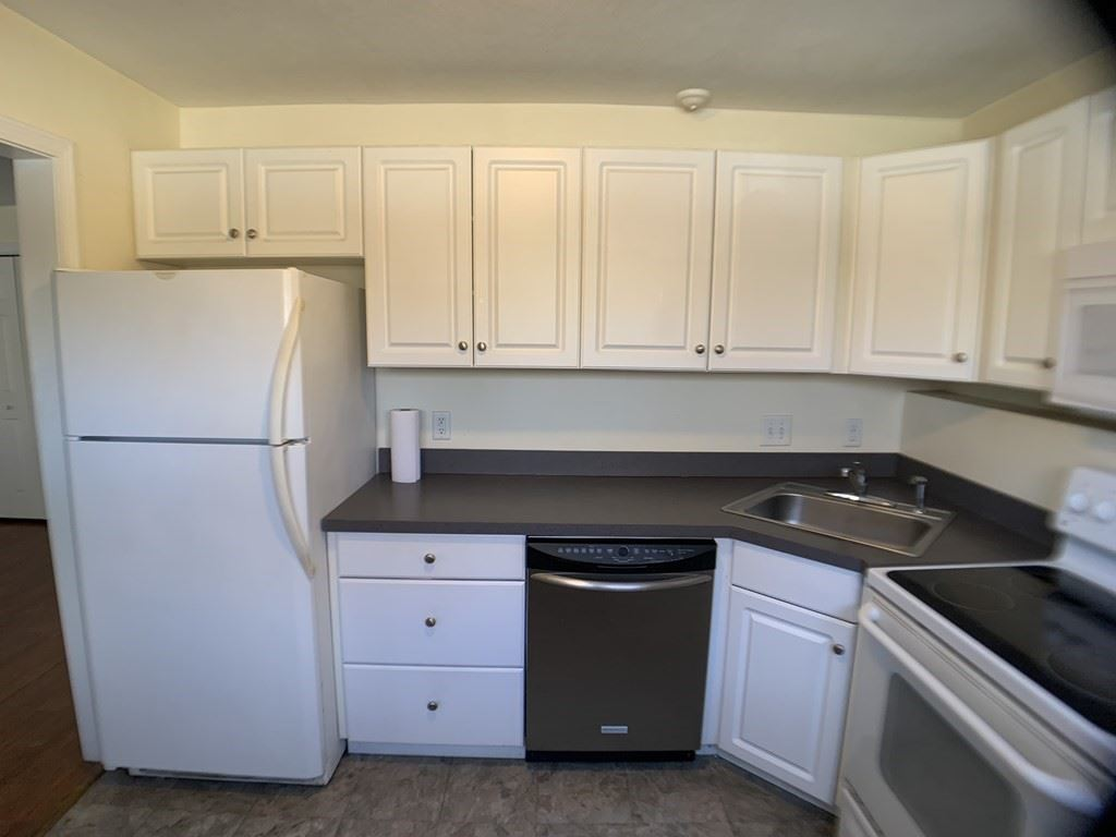 Photo of 8-A Mayberry Drive #1, Westborough, MA 01581 (MLS # 72808813)