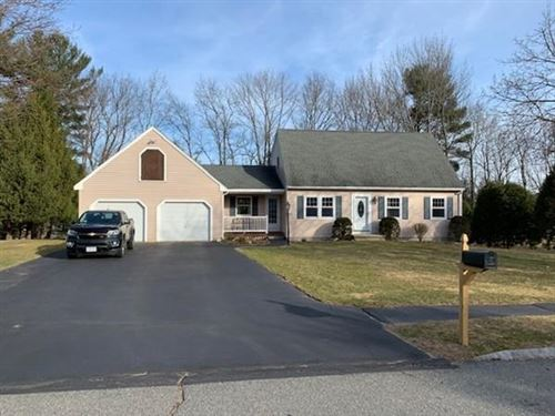 Photo of 9 Indian Rock Rd, Haverhill, MA 01832 (MLS # 72634815)