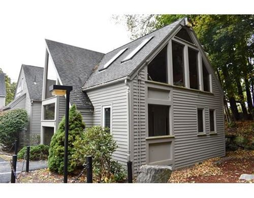 Photo of 44 CENTRAL ST #5, Berlin, MA 01503 (MLS # 72612817)