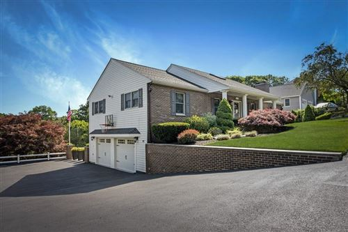 Photo of 22 Pheasantwood Dr, Wakefield, MA 01880 (MLS # 72685822)