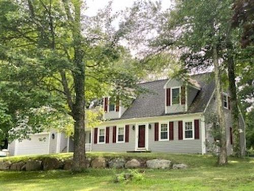 Photo of 3 Old Powder House Road, Lakeville, MA 02347 (MLS # 72863823)