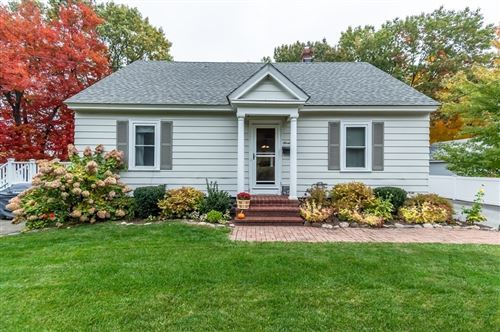 Photo of 7 Walker Ave, Andover, MA 01810 (MLS # 72746843)