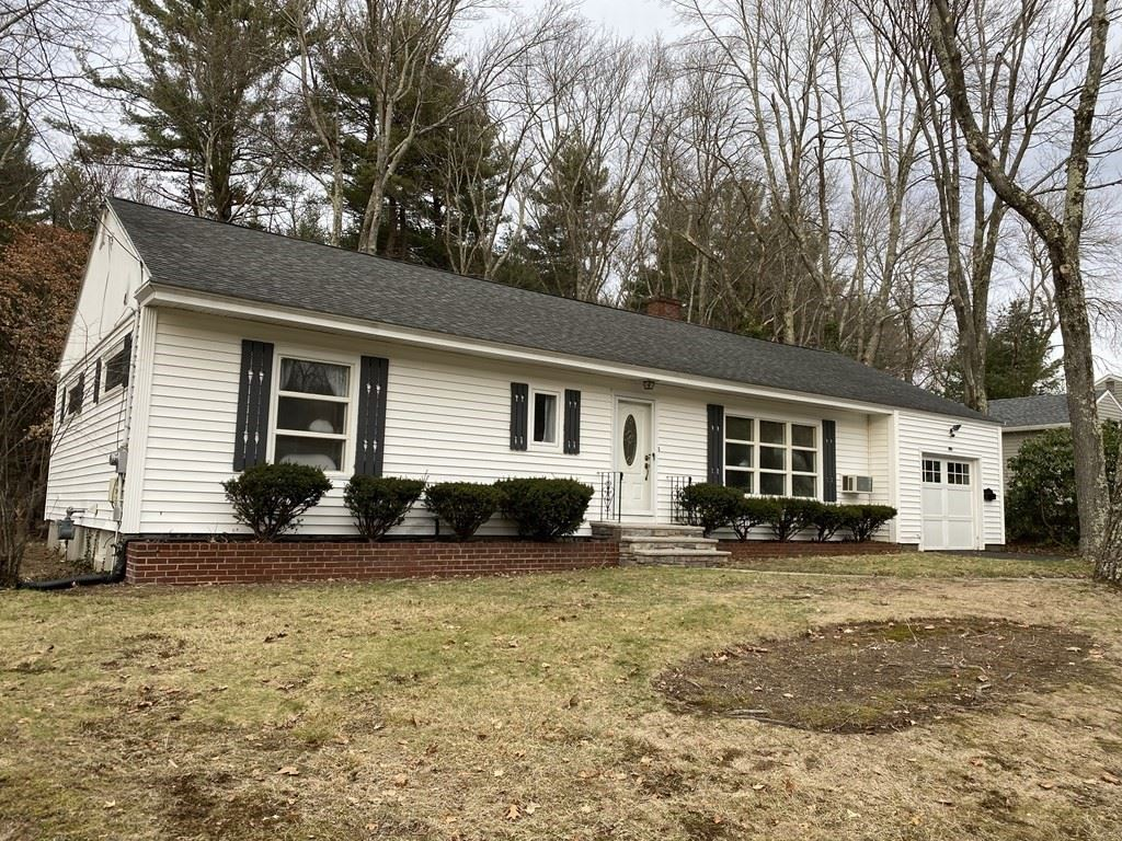 Photo for 10 Lucerne Drive, Andover, MA 01810 (MLS # 72772852)