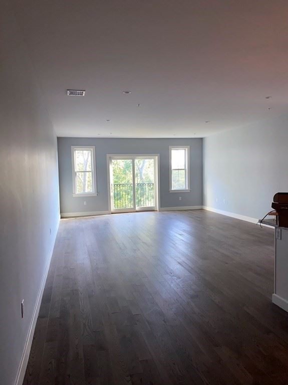 Photo of 9 Independence Ave #312, Braintree, MA 02184 (MLS # 72736855)