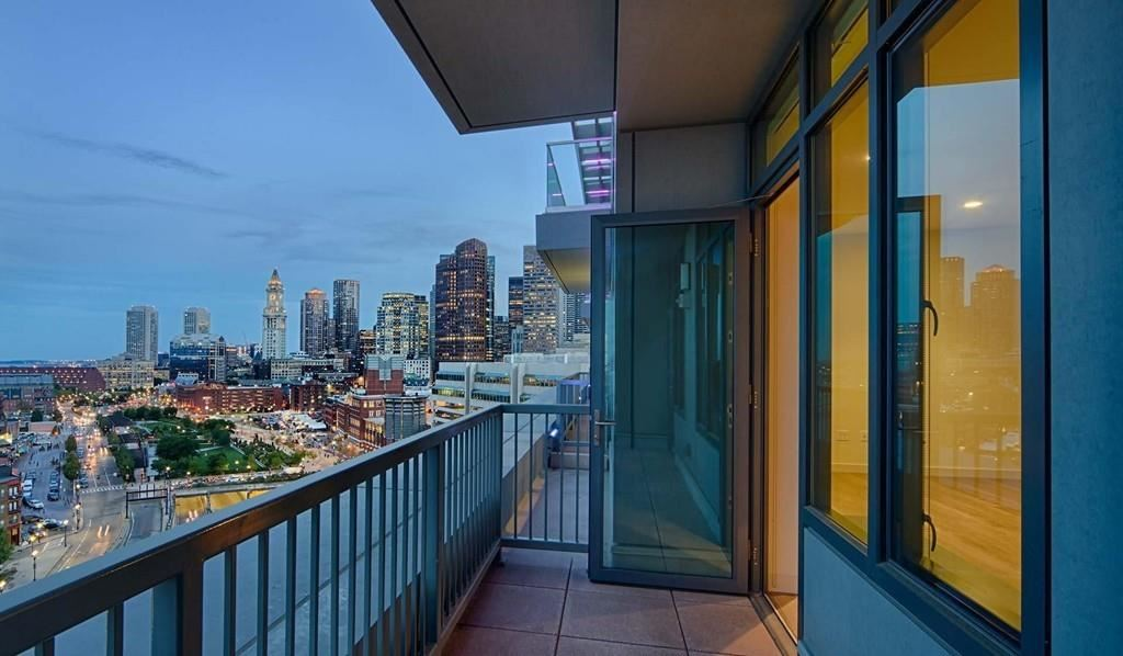 Photo of 1 Canal St. #PH 1110, Boston, MA 02114 (MLS # 72639870)