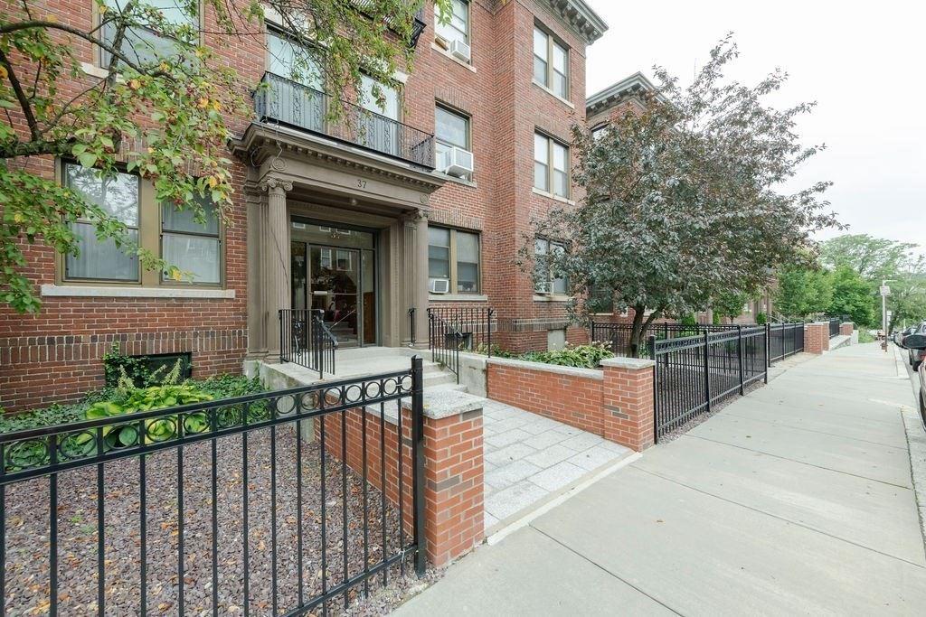 37 Park Vale Ave #5, Boston, MA 01234 - MLS#: 72869884