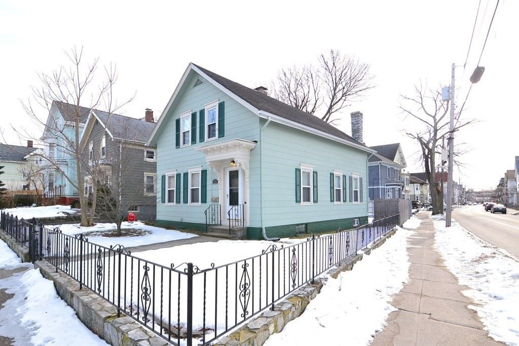104 Illinois Street, Central Falls, RI 02863 - MLS#: 72789895