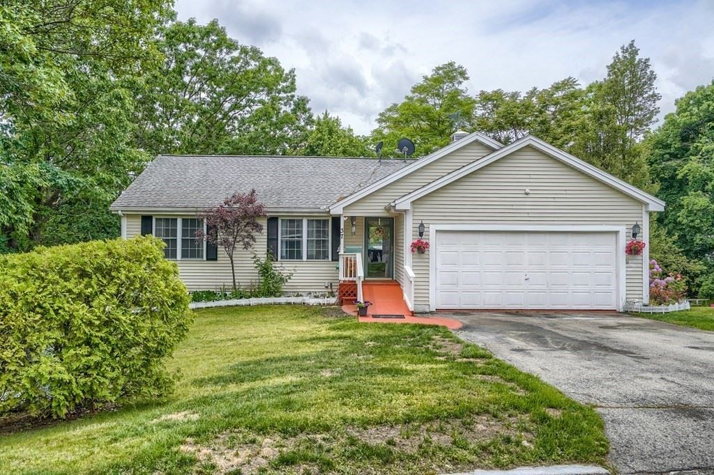 37 Fauvel Dr, Lowell, MA 01850 - MLS#: 72844900