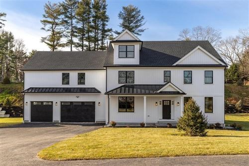 Photo of 1 Lincoln Court, Medfield, MA 02052 (MLS # 72862908)
