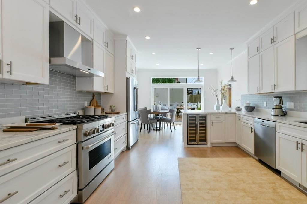 Photo of 537 EAST FOURTH ST, Boston, MA 02127 (MLS # 72678909)