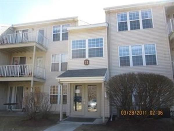 Photo of 11 Thoreau Court #6, Natick, MA 01760 (MLS # 72695909)