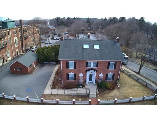 Photo for 6 Windsor Street, Andover, MA 01810 (MLS # 72564917)