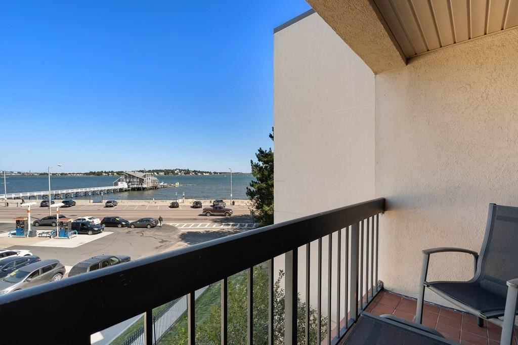Photo of 677 Quincy Shore Dr #311, Quincy, MA 02170 (MLS # 72730920)
