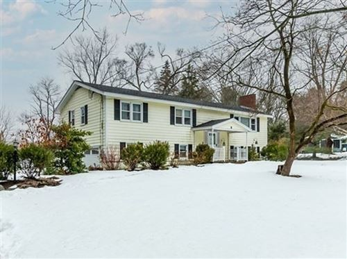 Photo of 8 Wild Rose Dr, Andover, MA 01810 (MLS # 72793921)