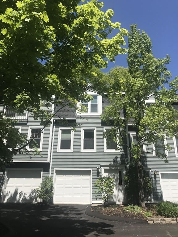 99 Anderer #4, Boston, MA 02132 - MLS#: 72662945