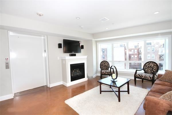 Photo of 9 North Margin Street #PH, Boston, MA 02113 (MLS # 72687960)