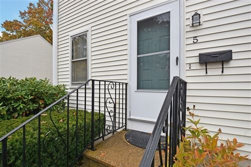Photo of 386 Main St #5, Hudson, MA 01749 (MLS # 72750966)