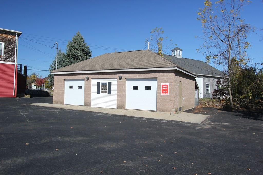Photo of 326 Union St #Garage, Franklin, MA 02038 (MLS # 72896969)