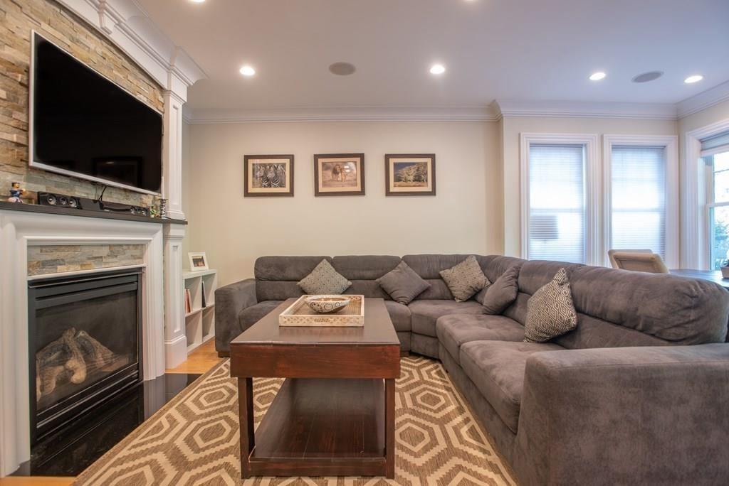 Photo of 10 Linley Terrace #1, Boston, MA 02127 (MLS # 72703973)