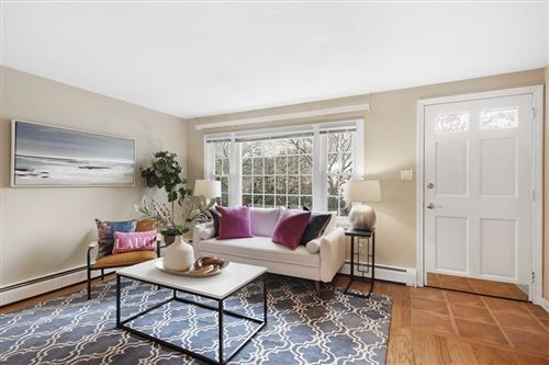 Photo of 27 Norwood Ave #5, Manchester, MA 01944 (MLS # 72803976)