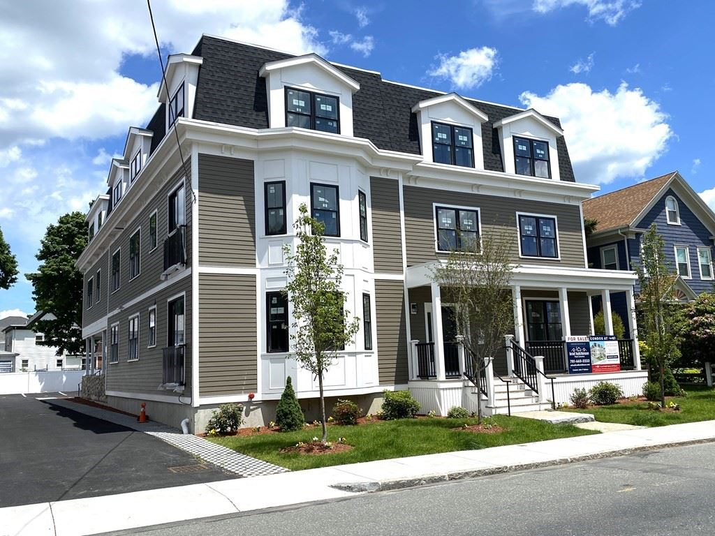 Photo for 87 Essex Street #5, Melrose, MA 02176 (MLS # 72668986)