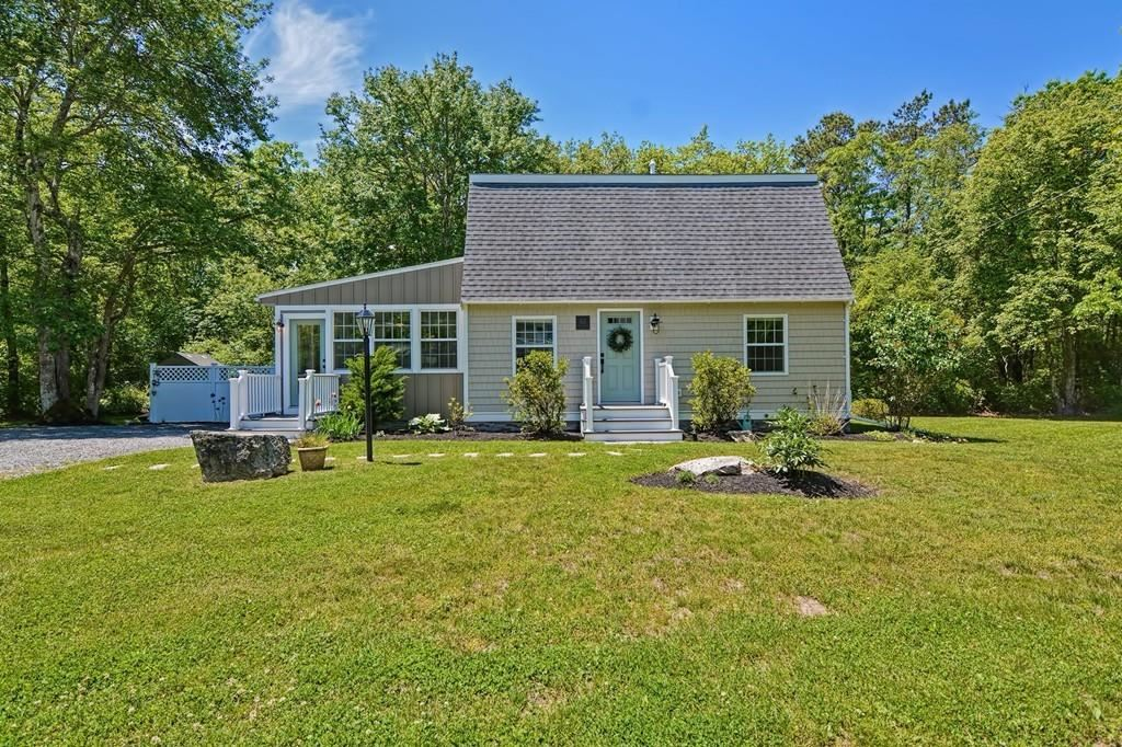 Photo for 82 Dexter Rd, Marion, MA 02738 (MLS # 72668993)
