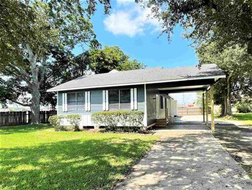 Photo of 2512 Avenue A, Nederland, TX 77627 (MLS # 223159)