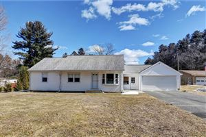 Photo of 29 Spring Hollow Ln, Sheffield, MA 01257 (MLS # 226297)