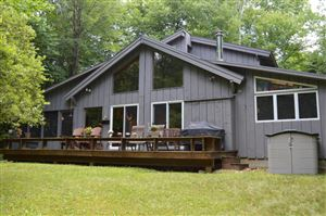 Photo of 325 Bonny Rigg Hill Rd, Becket, MA 01223 (MLS # 223932)