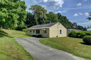 Photo of 4 Beaumont Dr, Pittsfield, MA 01201 (MLS # 223965)