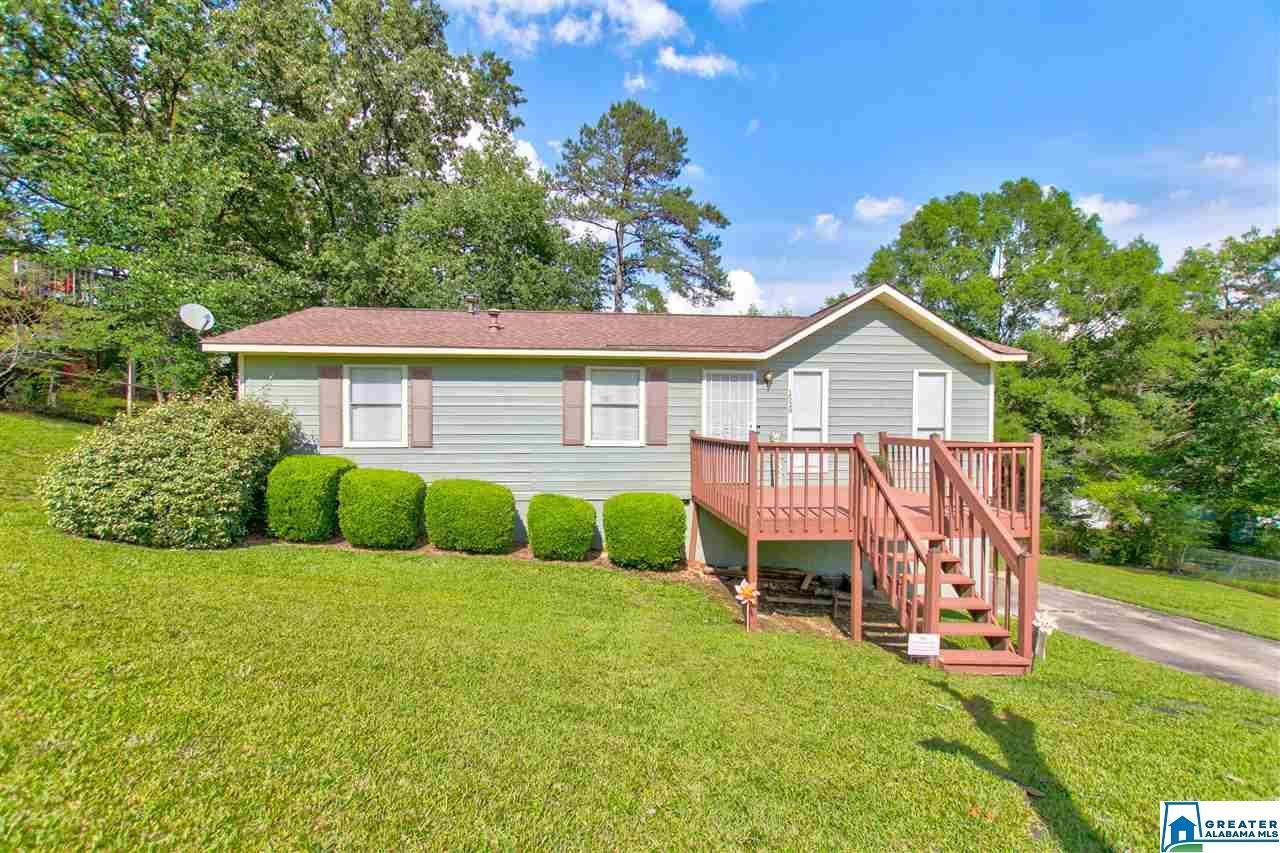 1529 6TH WAY NW, Center Point, AL 35215 - #: 885052