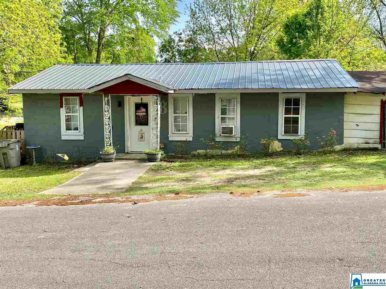 230 LINCOLN ST E, Thorsby, AL 35171 - MLS#: 880156