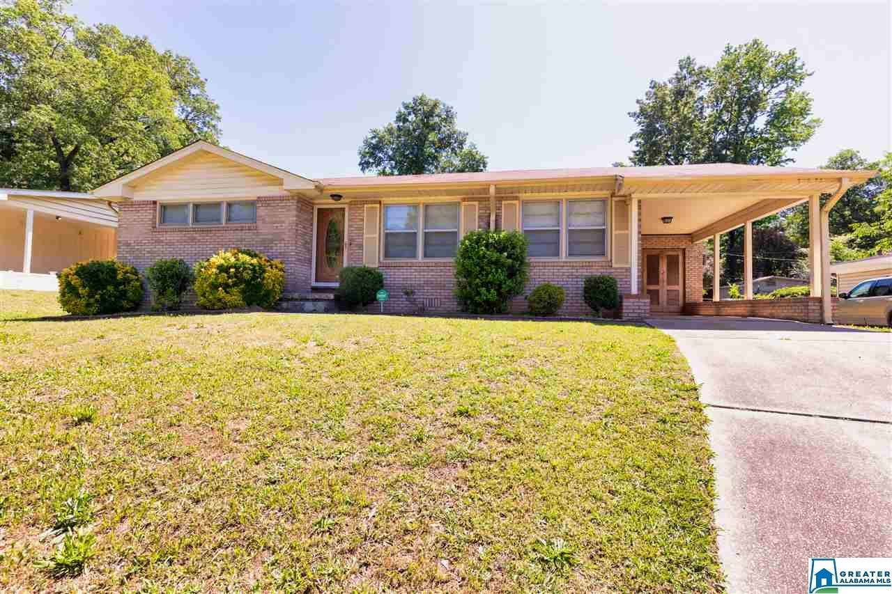 621 PARK AVE, Fairfield, AL 35064 - #: 881171