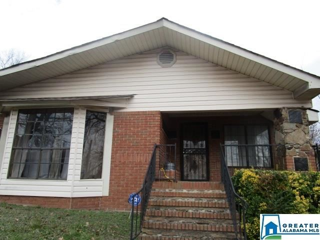 124 58TH ST, Fairfield, AL 35064 - #: 873191