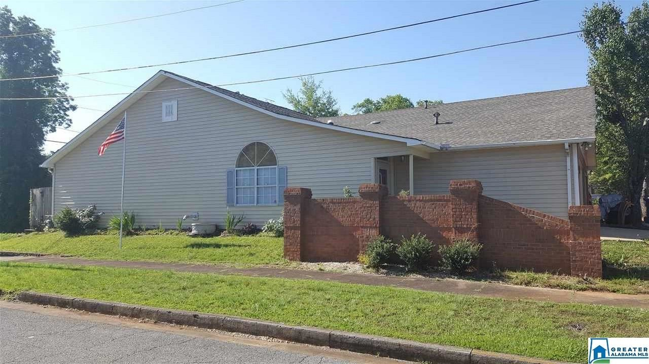 426 LEIGHTON AVE, Anniston, AL 36207 - MLS#: 884209
