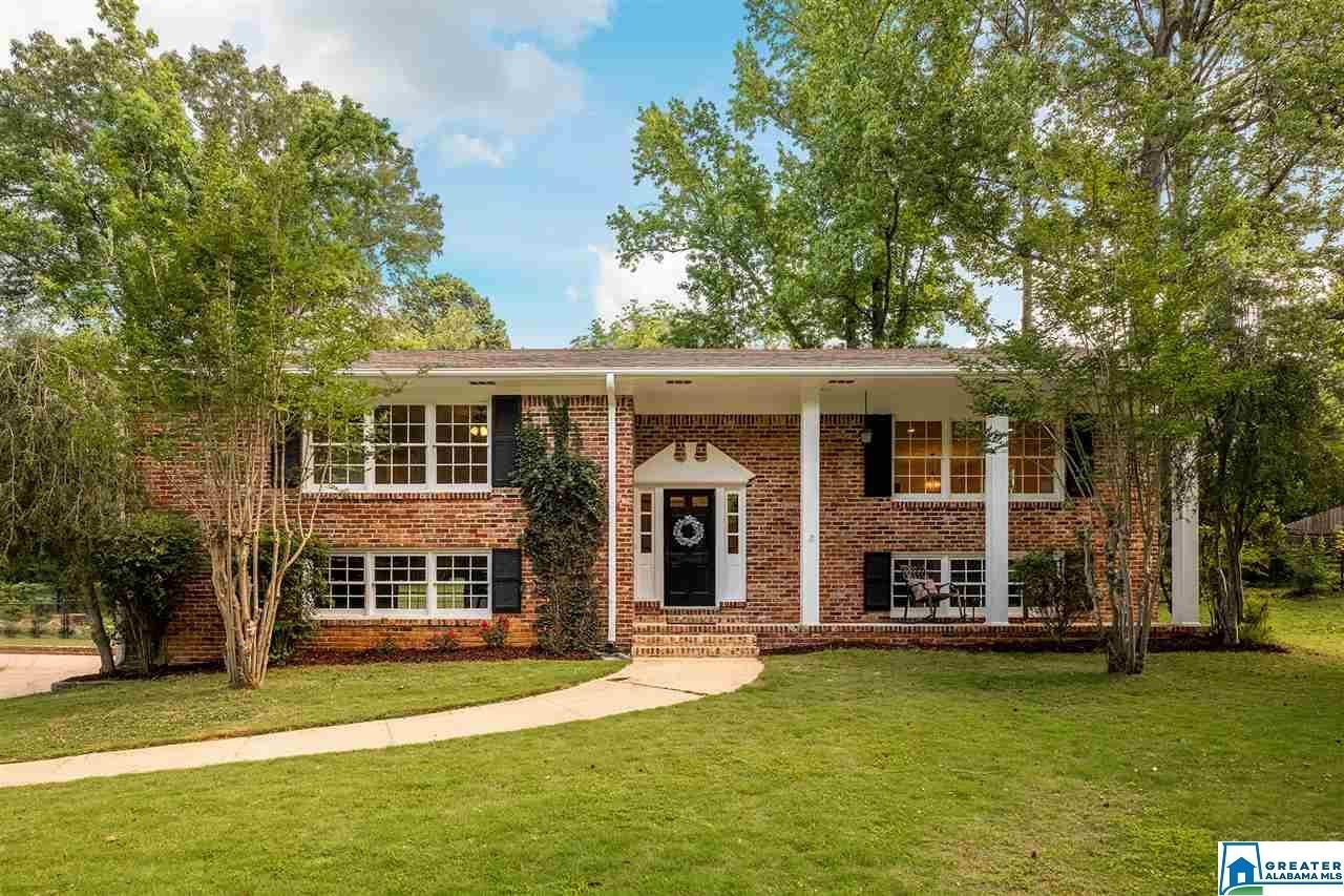 3261 MOCKINGBIRD LN, Hoover, AL 35226 - #: 885246