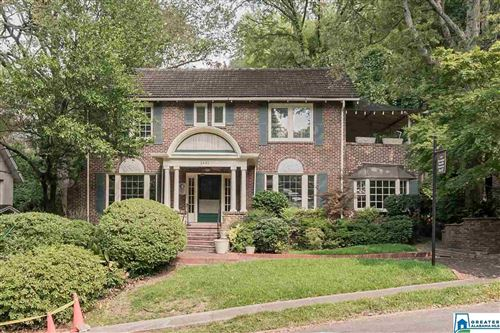 Photo of 1431 33RD ST S, BIRMINGHAM, AL 35205 (MLS # 862276)