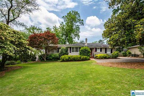 Photo of 825 SIMS AVE, MOUNTAIN BROOK, AL 35213 (MLS # 880366)