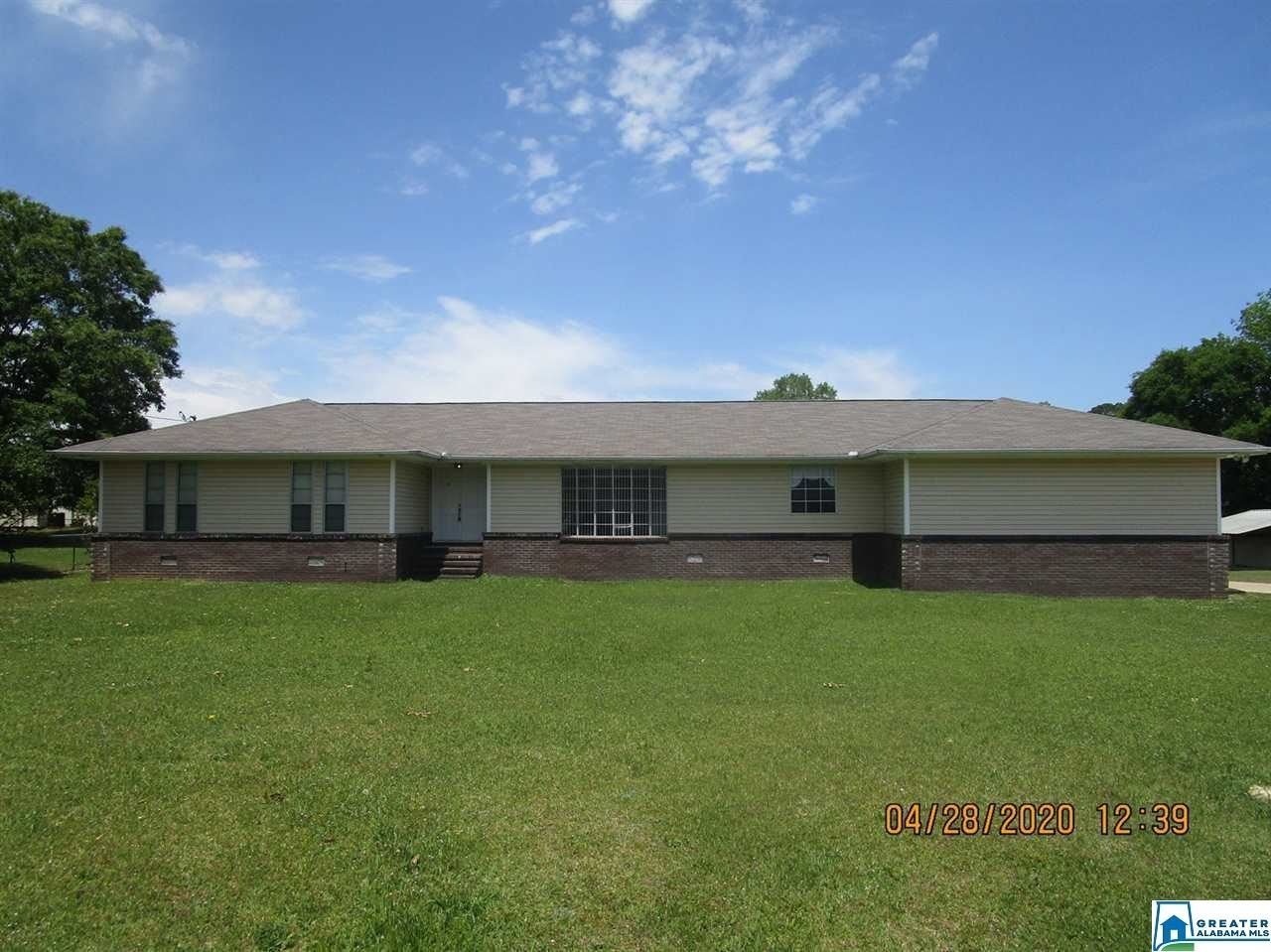 5678 EASTVIEW AVE, Hokes Bluff, AL 35903 - MLS#: 882378