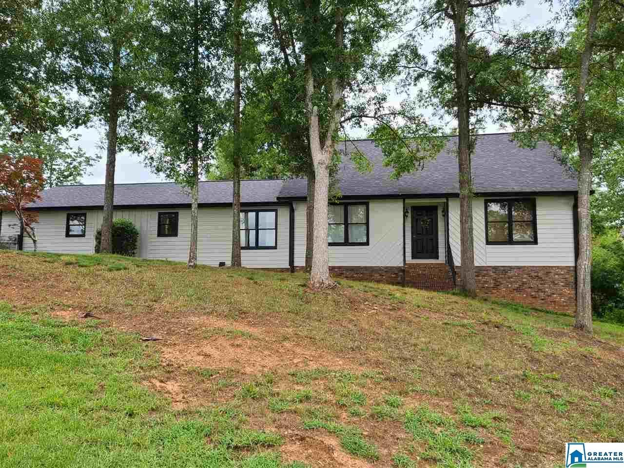 805 HOLLY AVE, Jacksonville, AL 36265 - MLS#: 890388