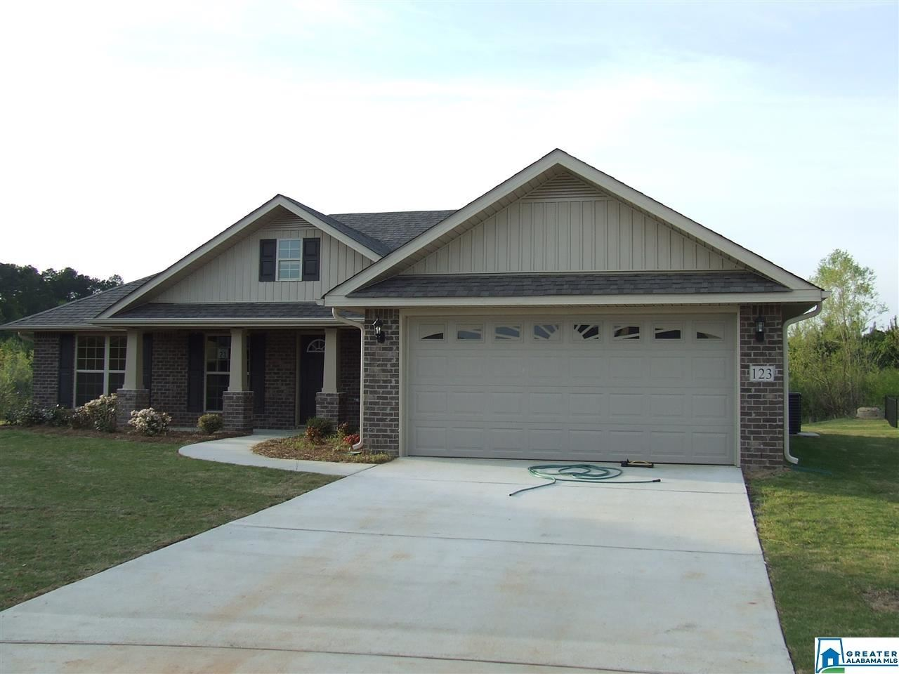 246 WATERFORD COVE TRL, Calera, AL 35040 - #: 870410