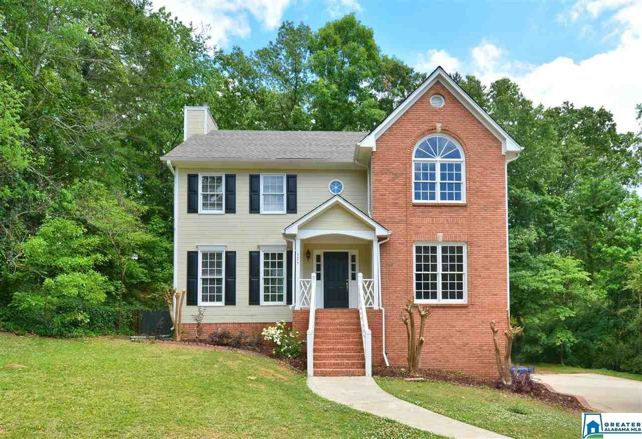 525 RUSSET VALLEY CIR, Hoover, AL 35226 - #: 883424