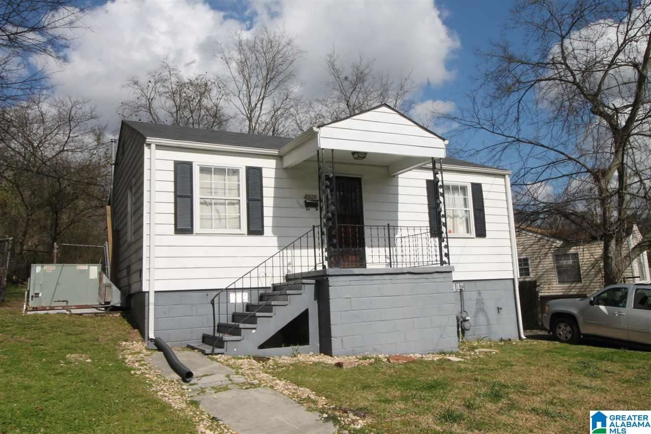 2010 EAST LAKE BOULEVARD, Birmingham, AL 35217 - MLS#: 1283437