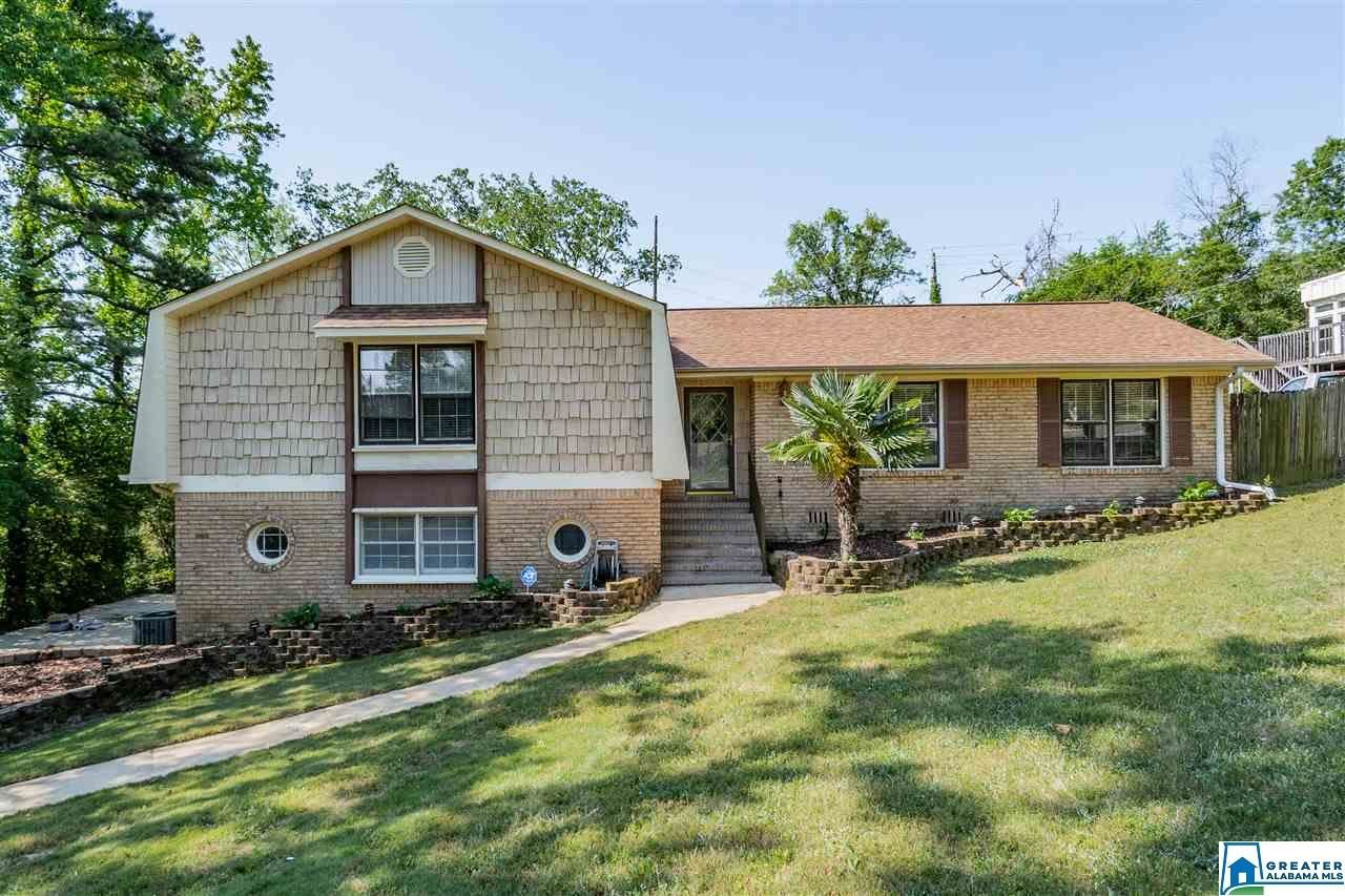 2445 JAMESTOWN DR, Hoover, AL 35226 - #: 882444