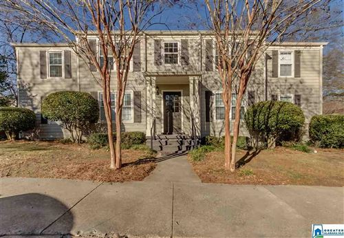 Photo of 904 SIMS AVE, MOUNTAIN BROOK, AL 35213 (MLS # 871639)
