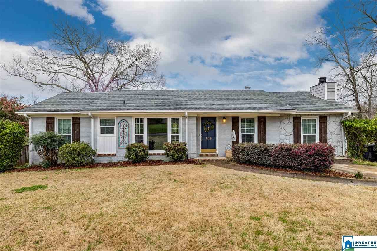 309 MOUNTAIN DR, Trussville, AL 35173 - #: 877653