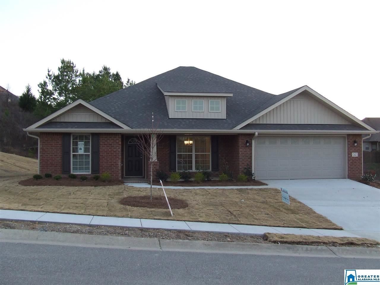 220 WATERFORD COVE TRL, Calera, AL 35040 - #: 847686
