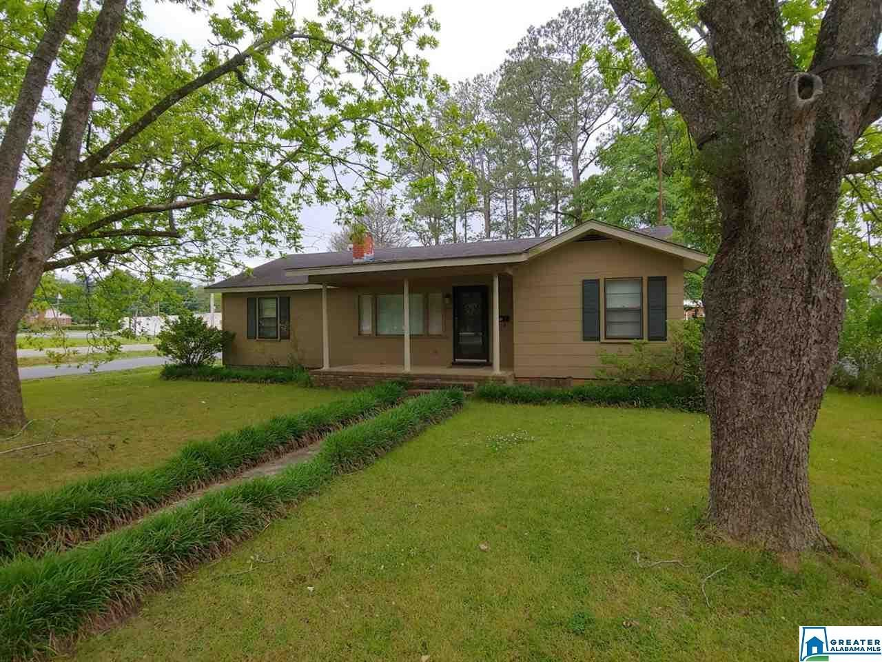 249 S CANNON AVE, Sylacauga, AL 35150 - MLS#: 881716