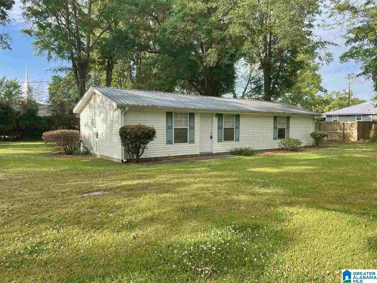 2011 MARSHA AVENUE, Clanton, AL 35045 - MLS#: 1284744