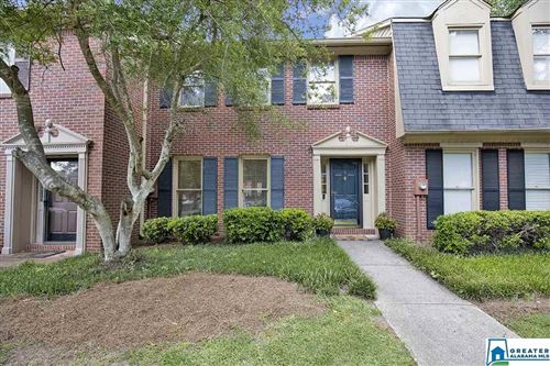 Photo of 9 CHASE PLANTATION PKWY, HOOVER, AL 35244 (MLS # 891776)
